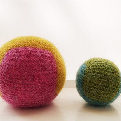 Sticka och valka bollar